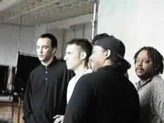 Group Backstage (11.5K)